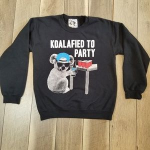 Riot Society Sweater Size Small